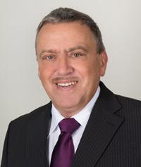 Chefarzt der Klinische Chemie und Labordiagnostik Dr. Engelskircher