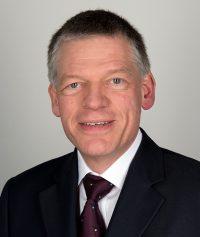 Herr Chefarzt Dr. Voß
